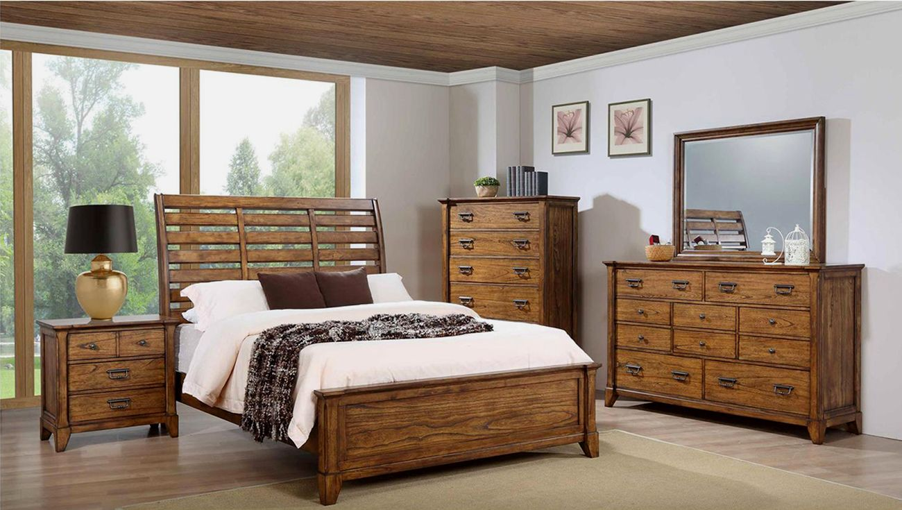 Lake View 4 Piece Queen Bedroom Set in All Natural Wood