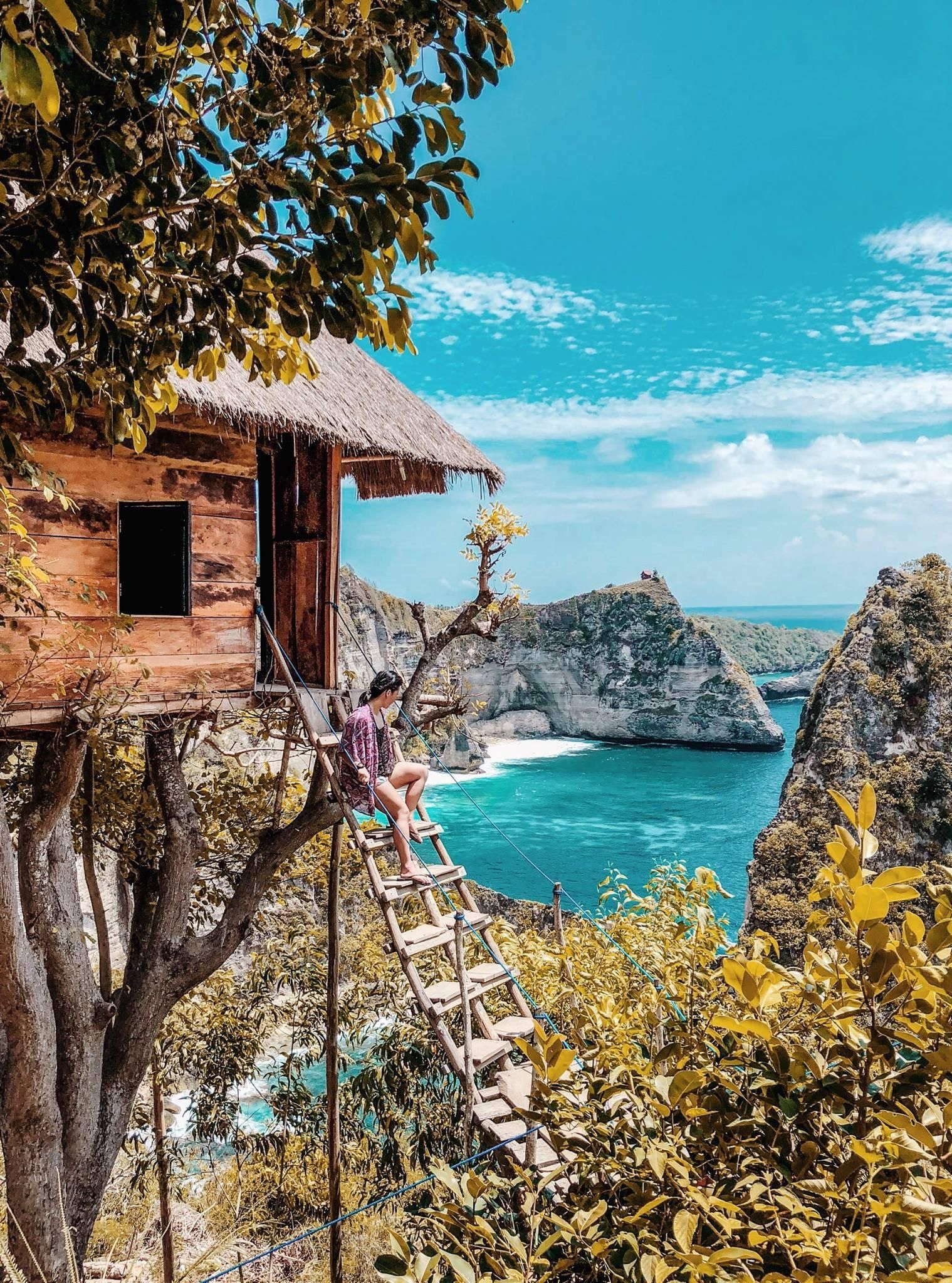 Treehouse In Nusa Penida Indonesia -- Click On The Photo