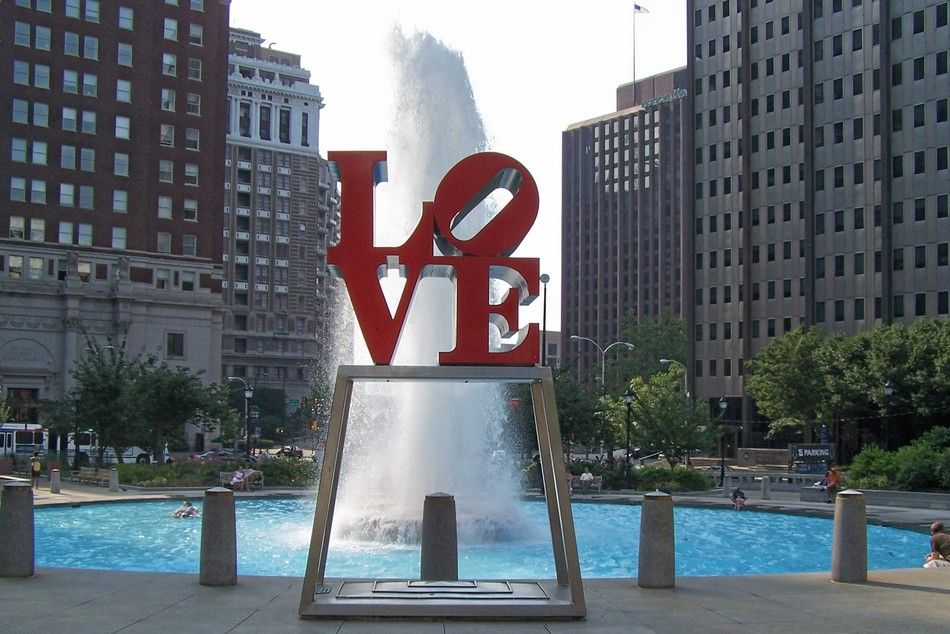 The Love Symbol Right On Franklin Park Philadelphia Pinterest