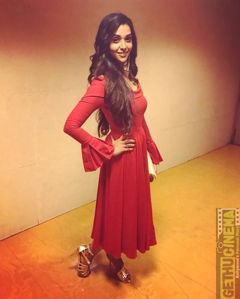 Actress Anupriya Goenka photos | Sacred Games, Daddy ...