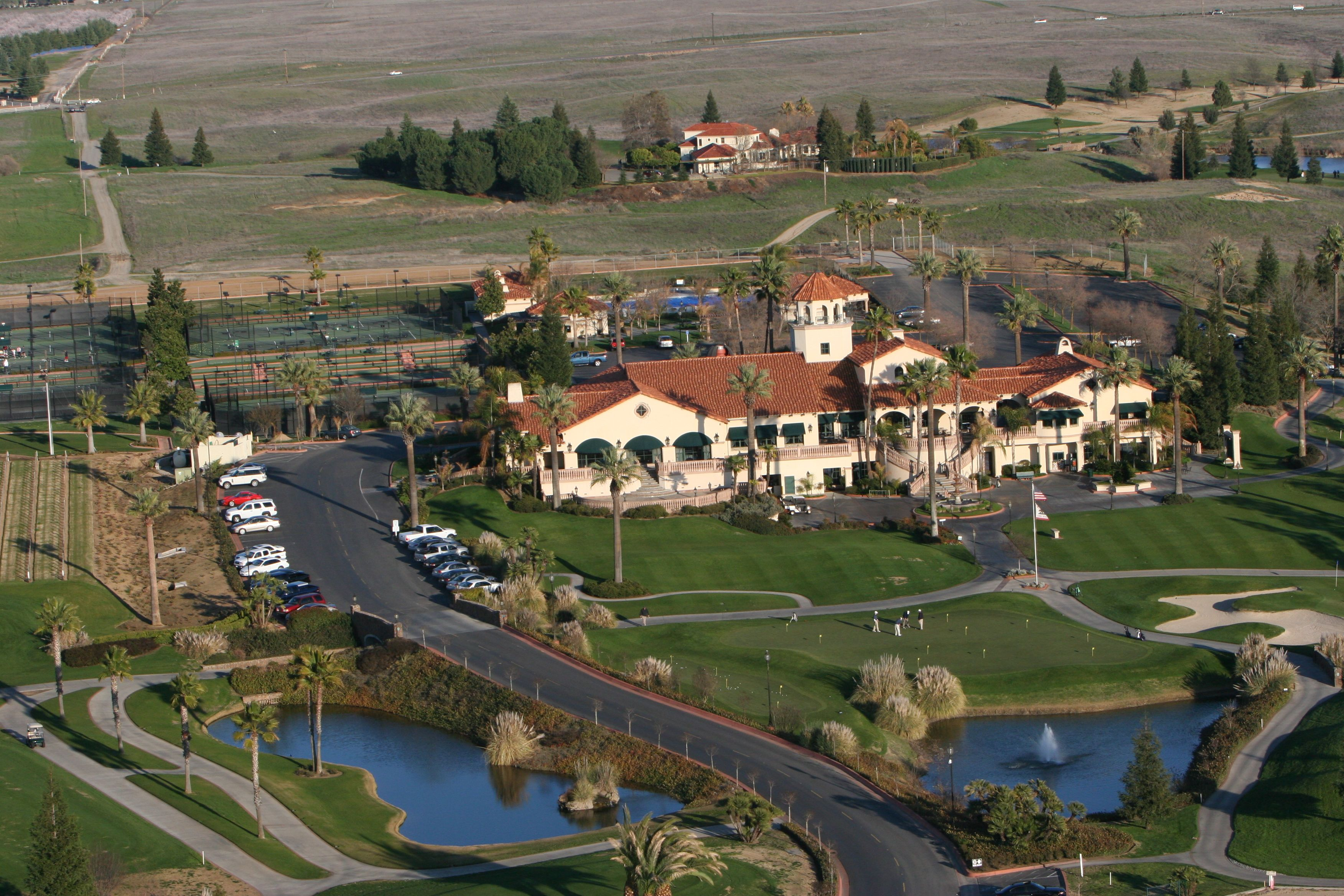 Aerial view of Copper River Country Club in Fresno, CA. | Tuscan ...