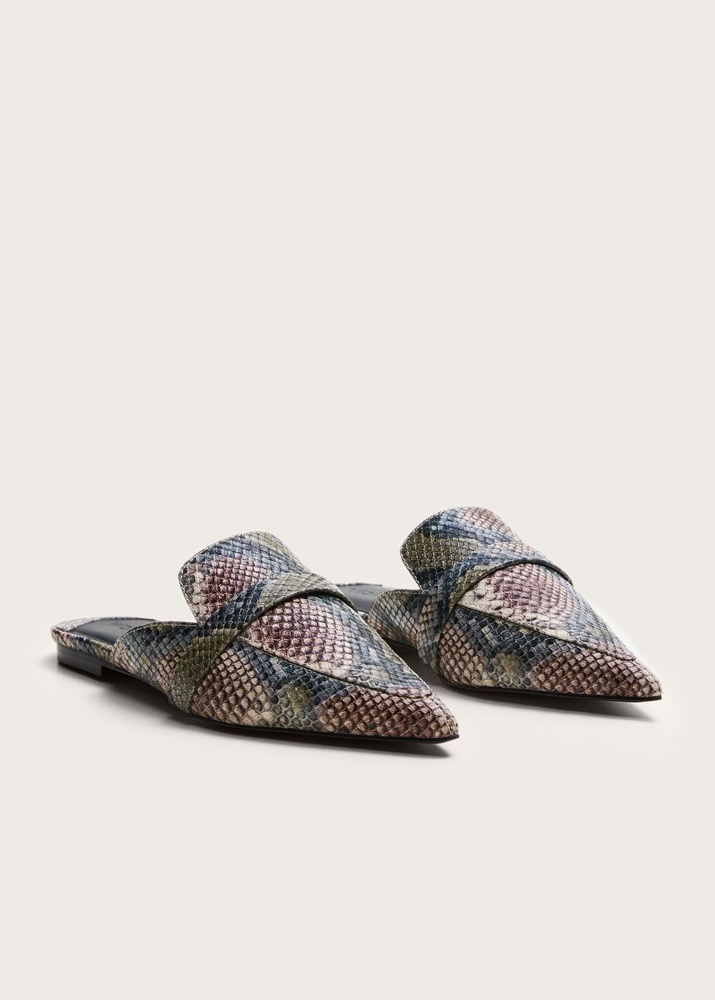 665f2f52c Snake-effect mules - Plus sizes v roku 2019 | obuv | Shoes, Snake a ...