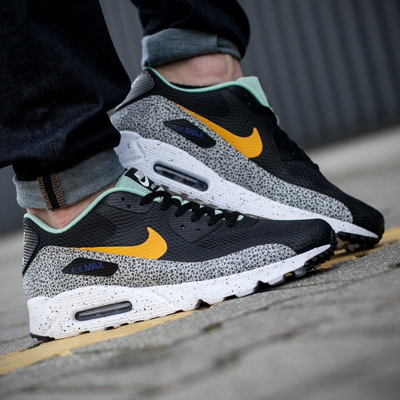 NIKE AIR MAX 90 ULTRA ESSENT