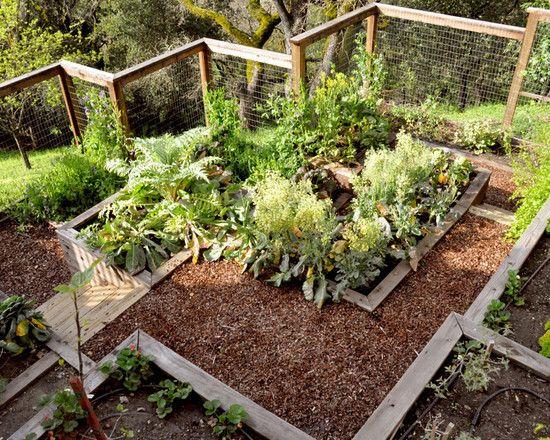 simple vegetable garden fencing ideas Traditional Landscape Multi