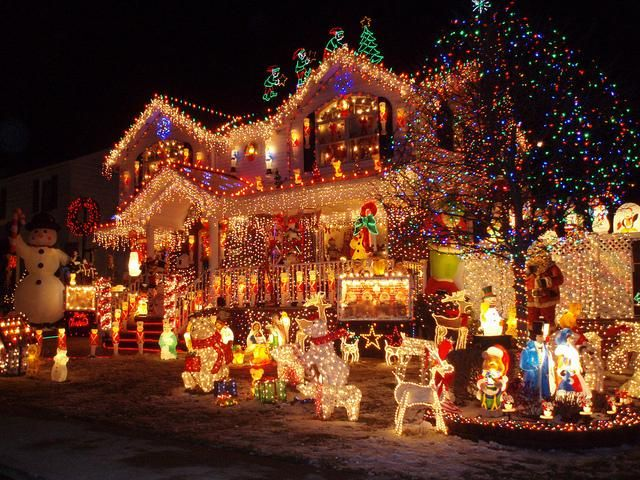 mind blowing christmas lights ideas for outdoor christmas decorations - Christmas Decorations Lights
