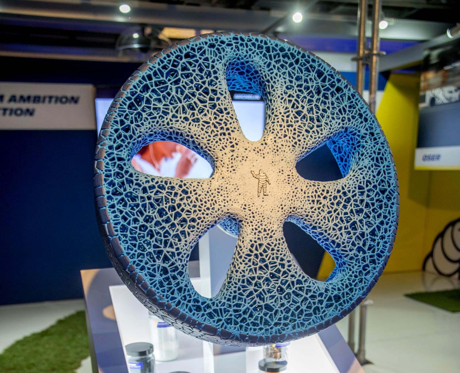 michelin invision a puncture-free future, combining airless tire and wheel  into one 3d