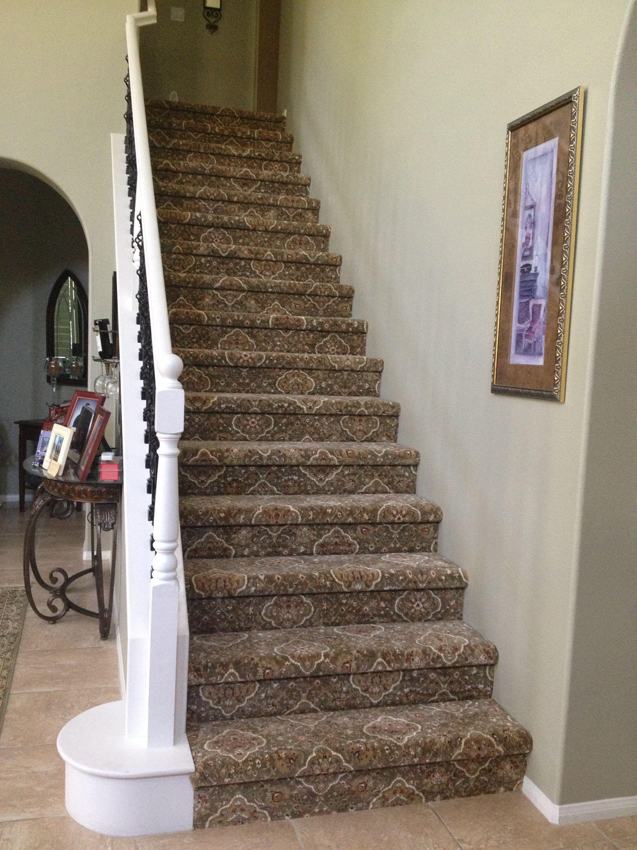 52 Elegant Carpet Pattern Design Ideas For 2019 Roundecor Patterned Stair Carpet Patterned Carpet Stair Runner Carpet
