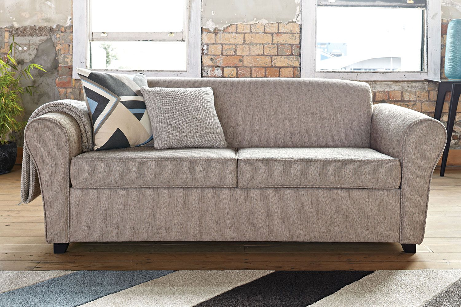 The Quinn Double Sofa Bed Provides A Spacious Comfortable Pull Out Bed To Keep Your Guests Comfortable And Content When Not In Use Sofa Sofa Bed Stylish Sofa