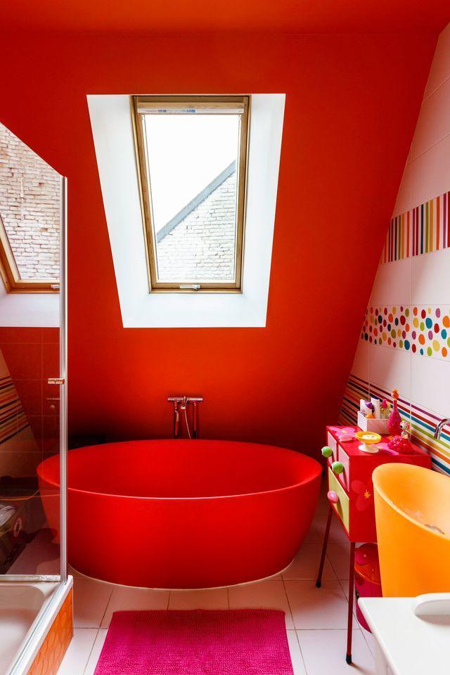 Chapelle Transformee En Maison En Belgique Salle De Bain Fille Salle De Bain Coloree Maison