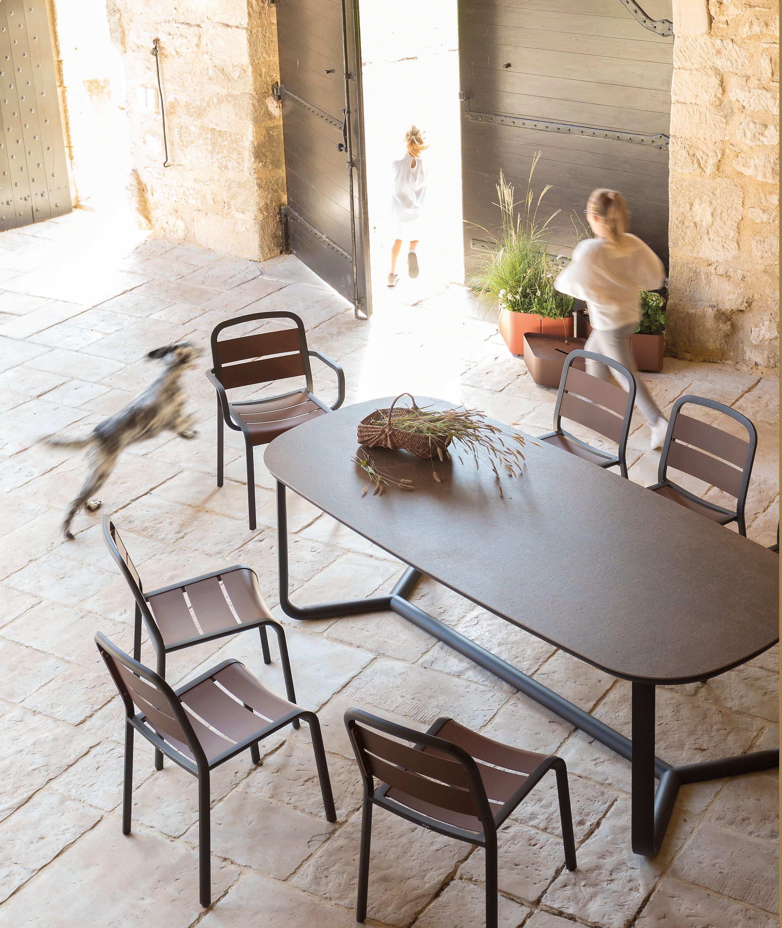 Table Basse Hive Jardinchic Mobilier De Salon Mobilier De Jardin Design Dispositions De Salon
