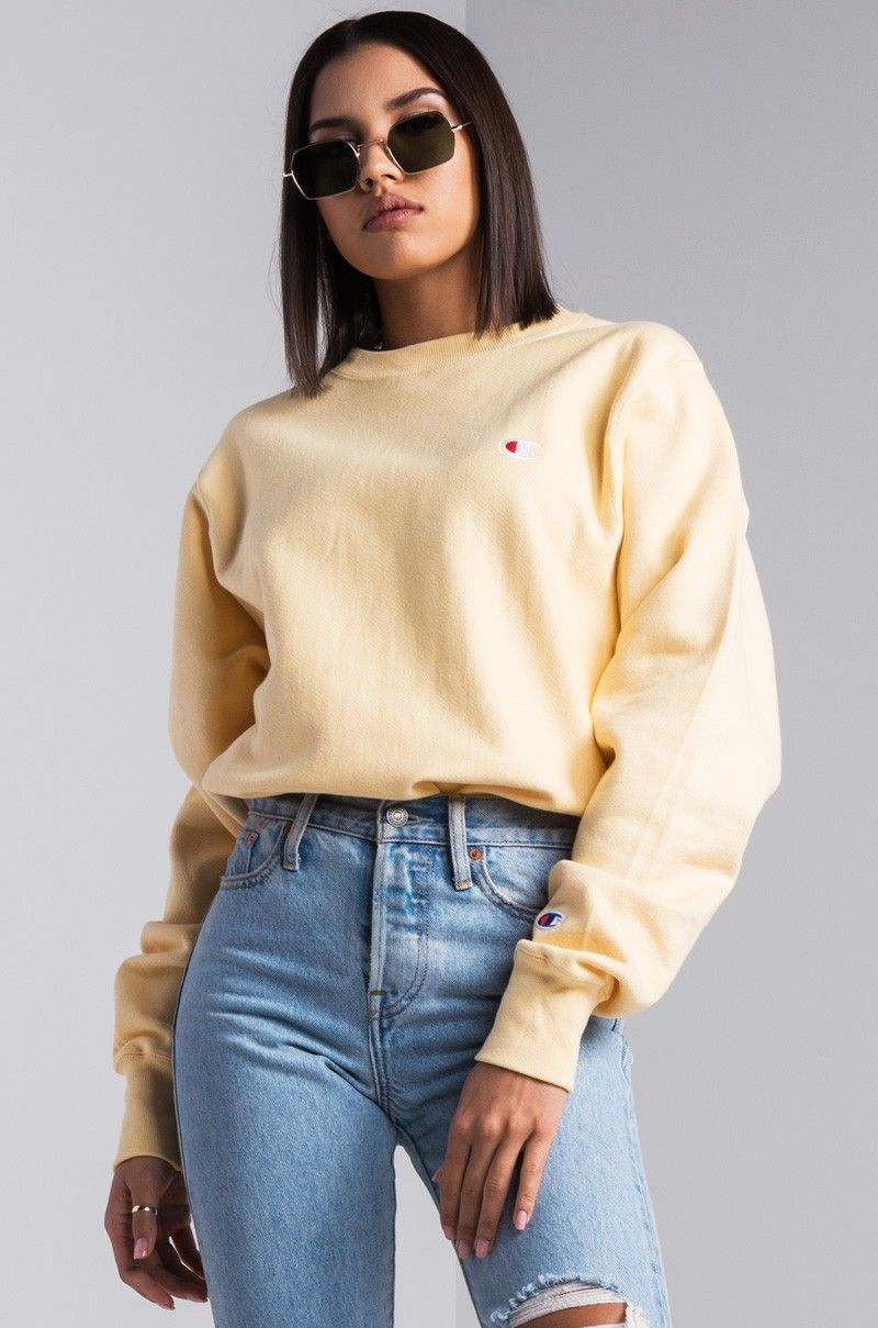 Front View Champion Womens Reverse Weave Crew Sweatshirt In Cream Champion Clothing Crewneck Outfit Womens Crewneck [ 1209 x 800 Pixel ]