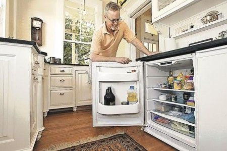 Diminutive Dwelling Is Dazzling Space Saving Under The Counter Refrigerator The Freezer Is Next Tiny House Appliances House Furniture Design Tiny House Blog