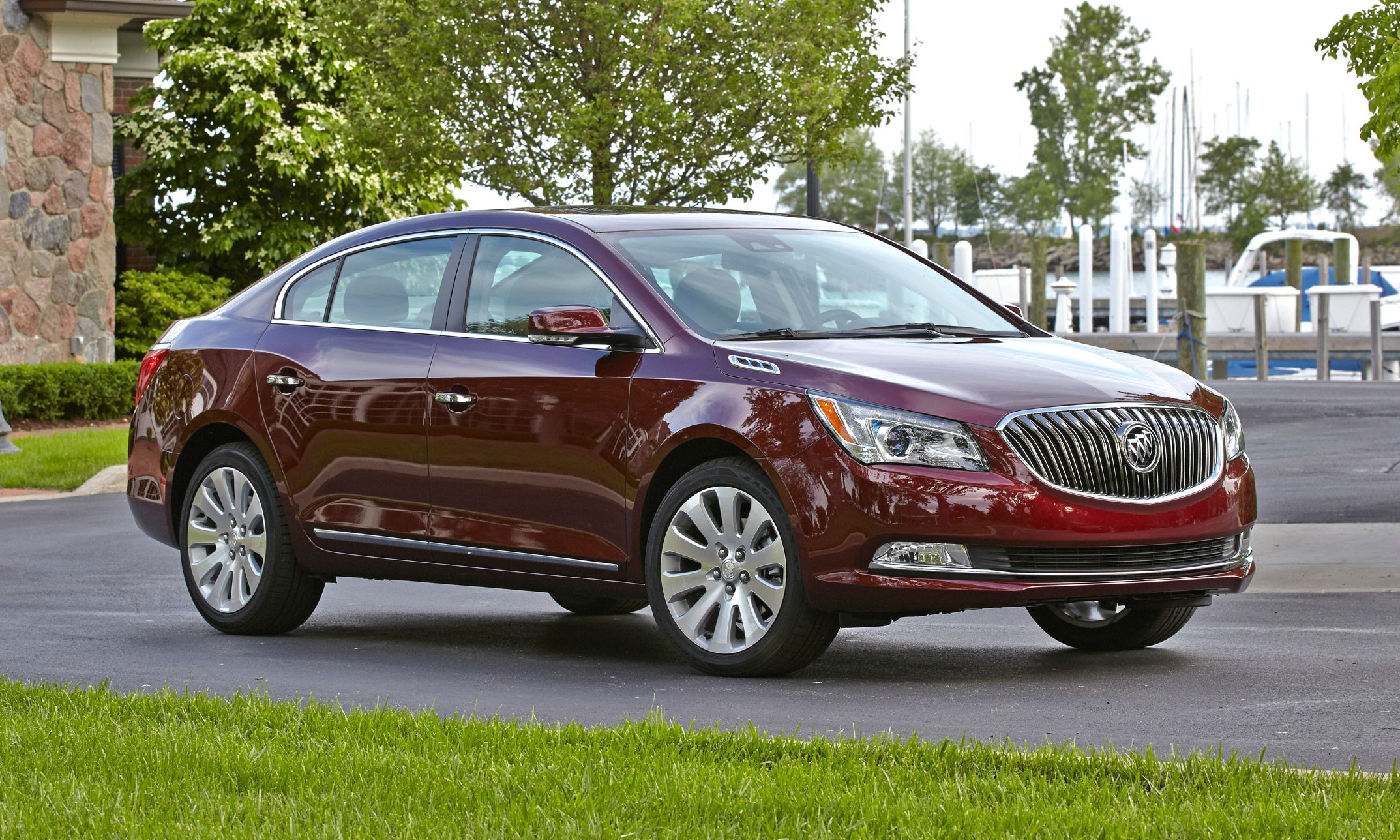 Best Snow Cars Ever Buick Lacrosse All Wheel Drive An Option On