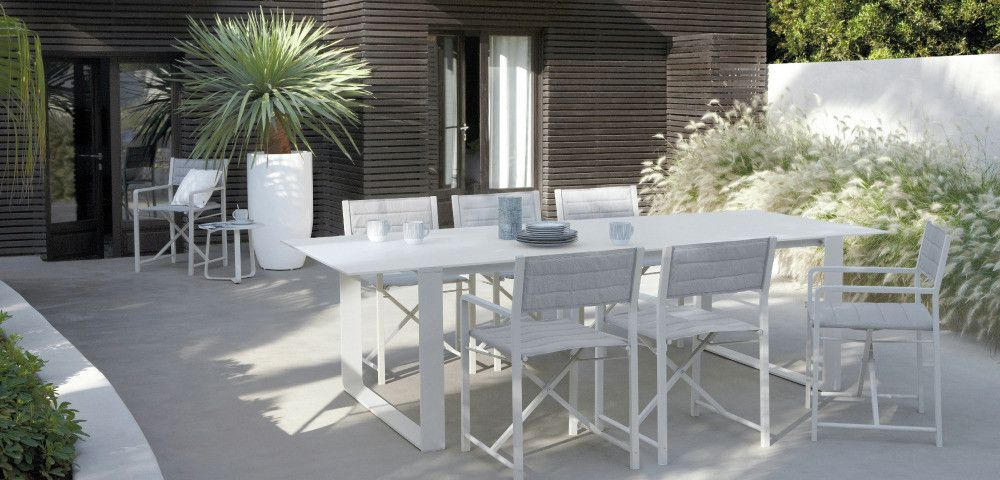 Outdoor Patio Ideas White Outdoor Dining Set With Images Modern Patio Furniture Outdoor Dining Table Setting Modern Outdoor Dining Table