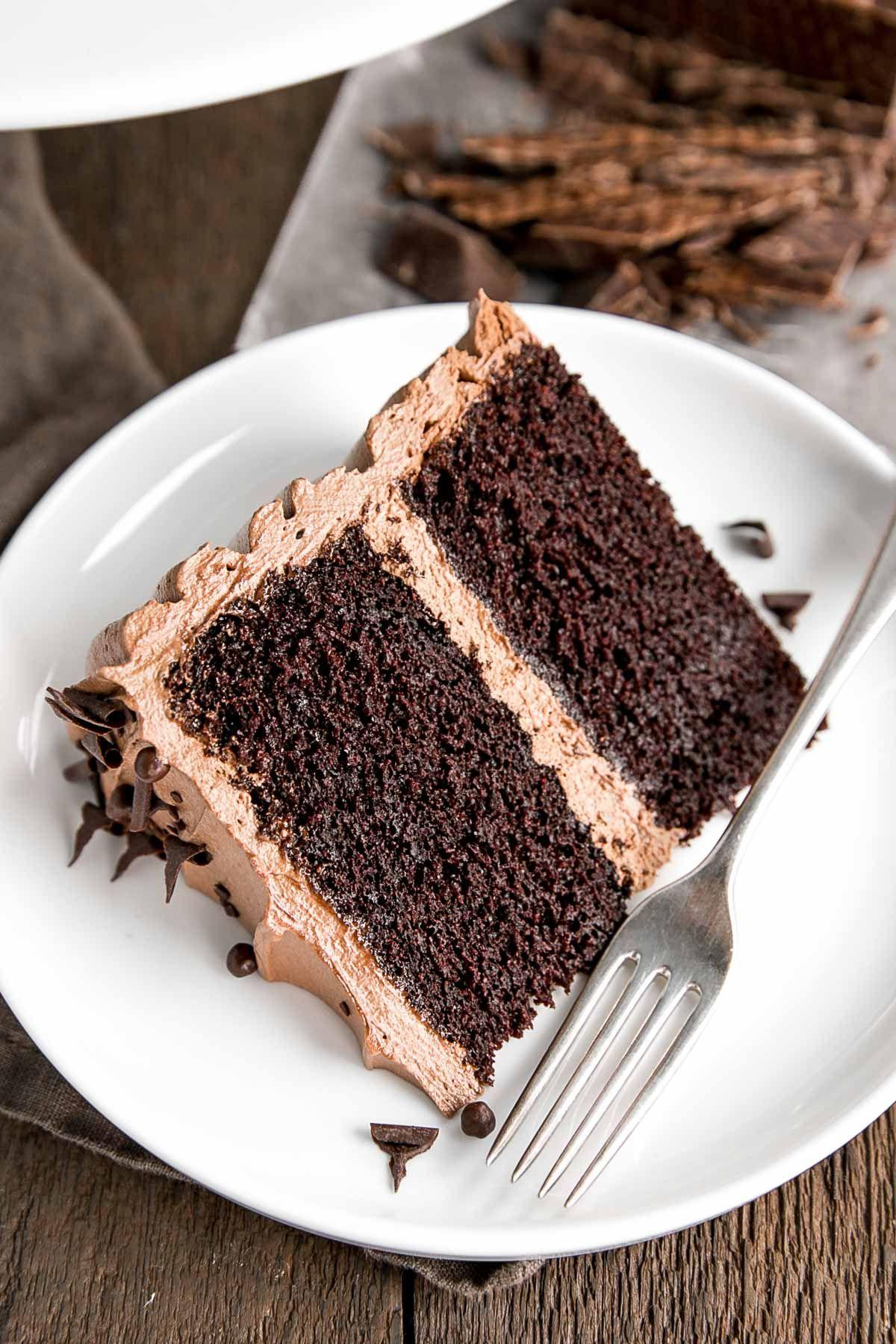 Three chocolate cake: a classic recipe 22