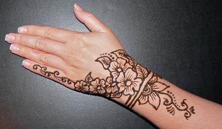 Simple Mehndi Tattoo Hands : Pics for u e henna tattoo arm tattoos