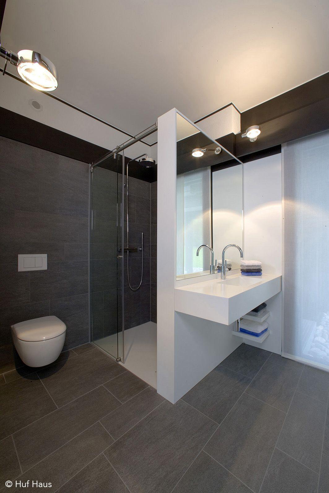 Pin Von Christina Holst Auf Boligindretning In 2020 Kleine Badezimmer Design Modernes Badezimmerdesign Badezimmer Design