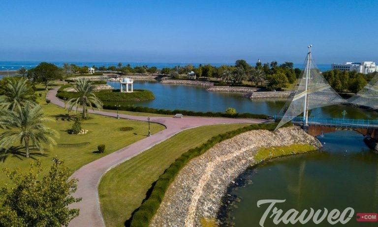 صحار المدينة العمانية الساحلية التي تتميز بتاريخها العريق و طبيعتها المتنوعة و شواطئها الخلابة الطويلة ذات المياه الصافية و Places To Go Golf Courses To Go