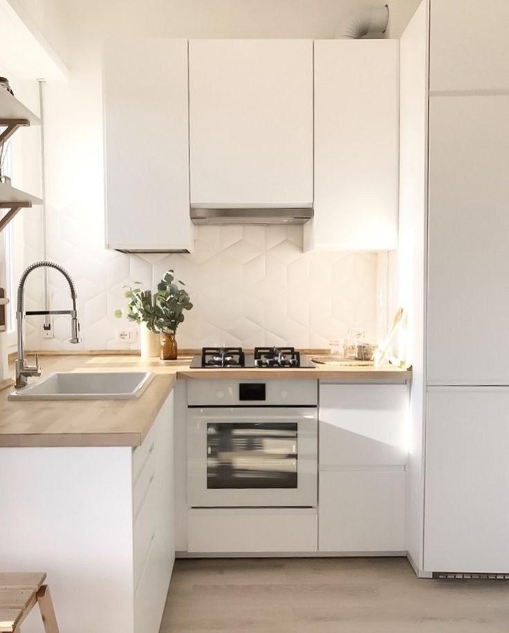 30 Incredible Minimalist Kitchen Design 24 Kitchen Remodel Small Small Apartment Kitchen Kitchen Design Small