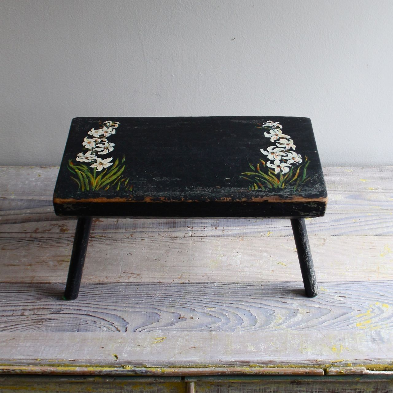 262 Best Old Stools Benches Images On Pinterest: Ethanollie - Vintage Hand-painted Stool
