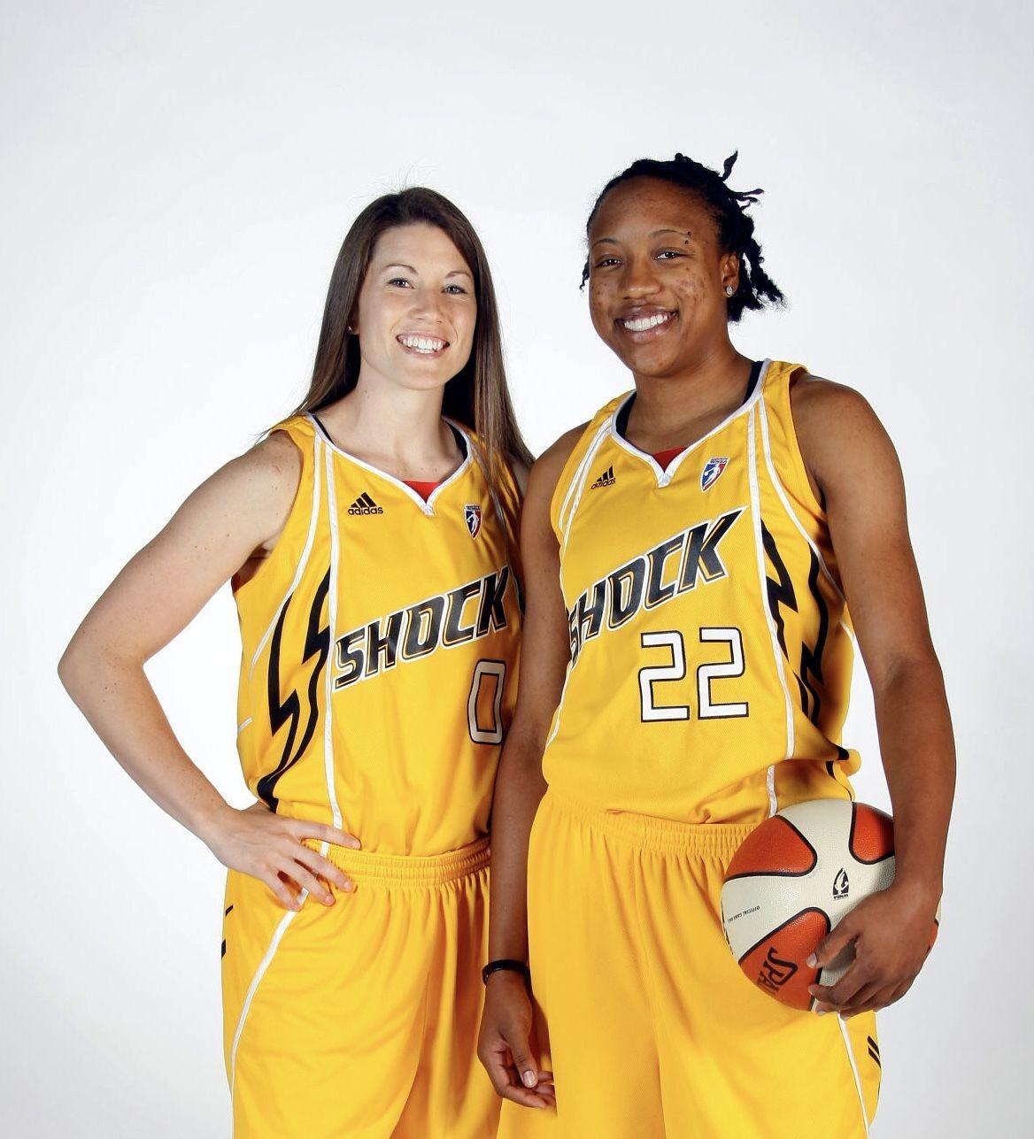 Shanna Crossley 0 and Alexis Hornbuckle 22, Tulsa Shock