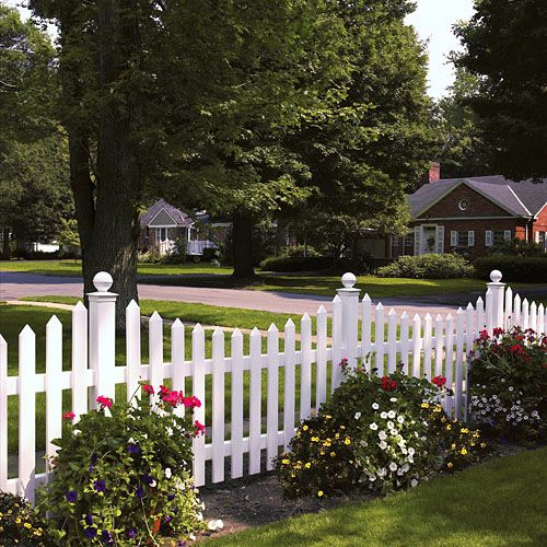 Picket Fence Backyard Fences Vinyl Picket Fence Front Yard Fence