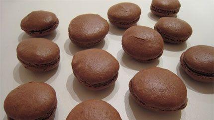 الماكرون بالشوكولاتة Recipe Desserts Food Recipes