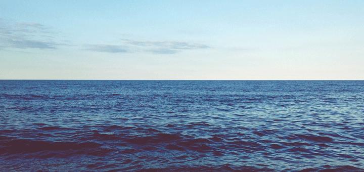 لماذا لون المحيط أزرق الكيمياء العربي Water Outdoor Waves