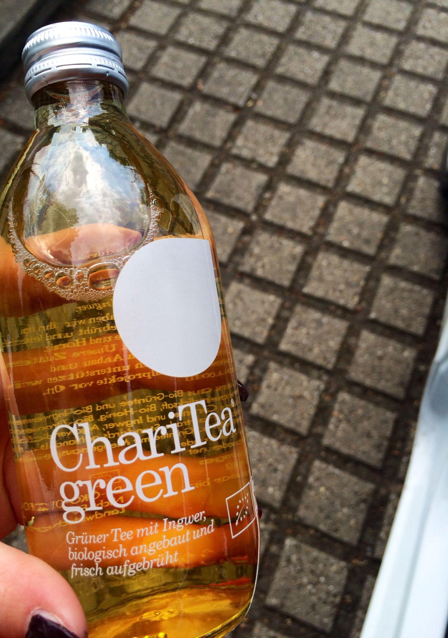Green Ingwer tea. So lecker und sehr gesund !!!:)  http://lifestylebloggerin.blogspot.de/2014/04/charitea-green.html?m=1 Für mehr Infos auf meinem Blog:)