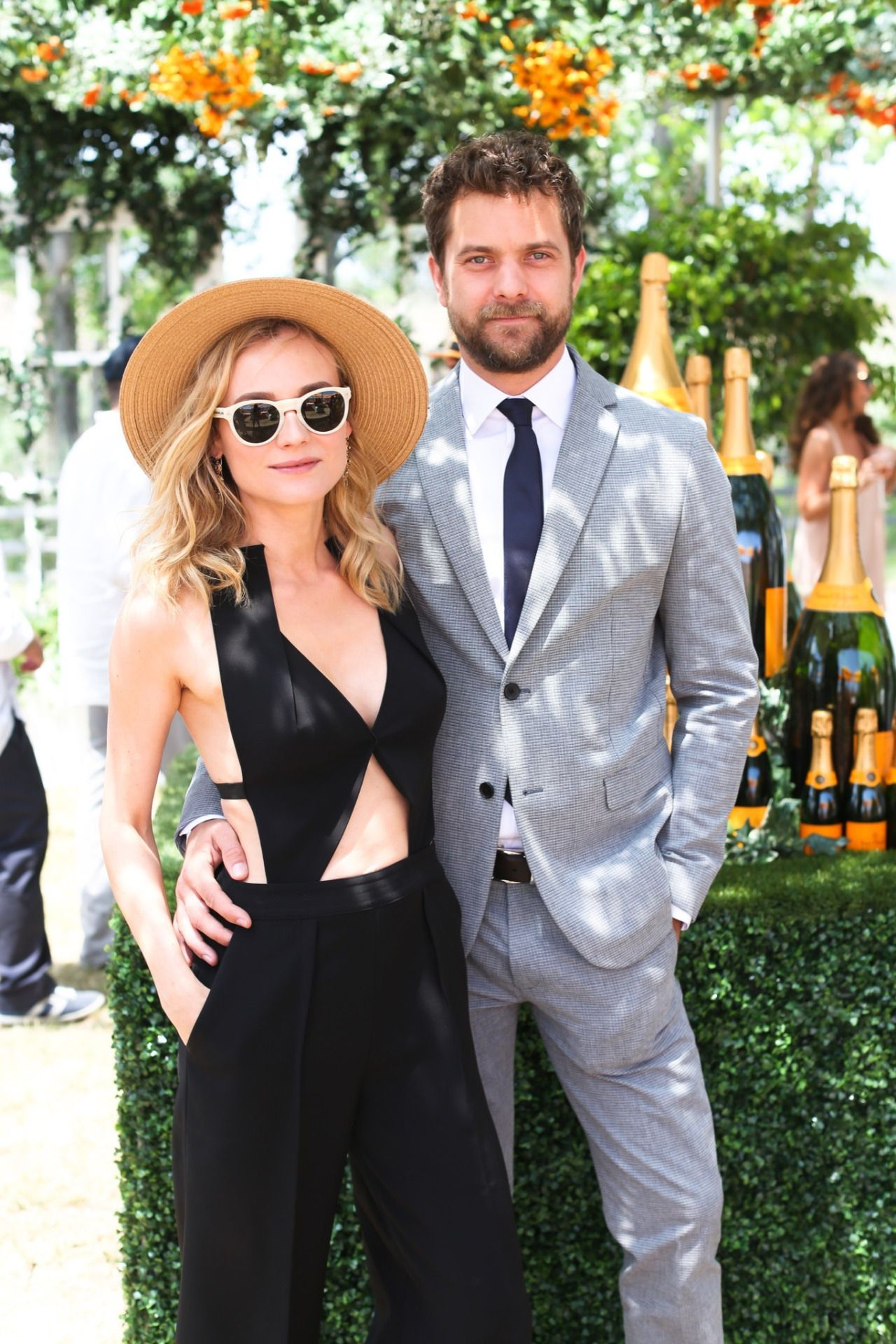 2015 Veuve Clicquot Polo Classic at Liberty State Park on Saturday (May 30) in Jersey City, N.J.  Read more: http://www.justjared.com/2015/05/30/diane-kruger-joshua-jackson-are-perfect-couple-at-veuve-clicquot-polo-classic/#ixzz3gdKRywIj