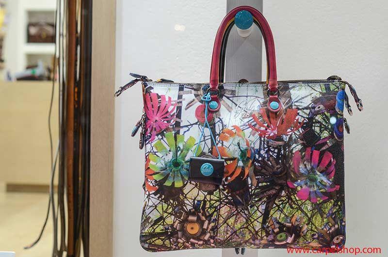 dd17fbbb8f Una Vetrina Gabs per Bastia Umbra | Gabs ❤ | Mini Bag, Bags e Fashion