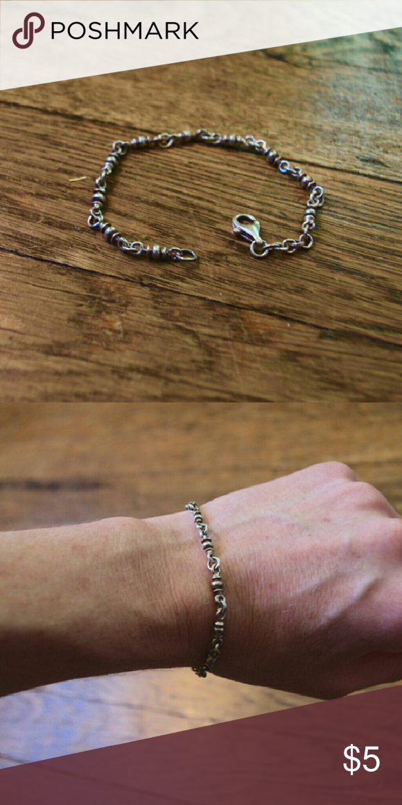 Silver chain bracelet Simple silver chain bracelet. Great for layering. Fits a mid sized wrist or smaller. Jewelry Bracelets
