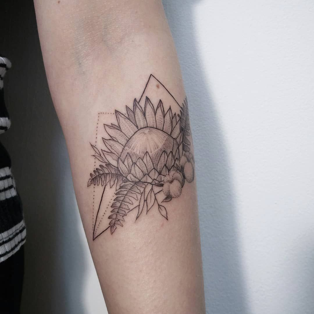 Geometric Flowers Protea Fern Cotton Tattoo By Irene Bogachuk Feminine Tattooing Irenebogachuk Tattoos Bad Tattoos Back Tattoo Women