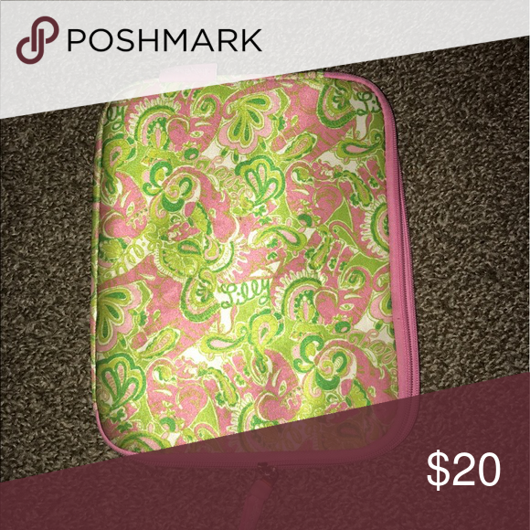 Lilly Pulitzer iPad case Large Lilly iPad case. It's had some love but still good condition Lilly Pulitzer Accessories Laptop Cases