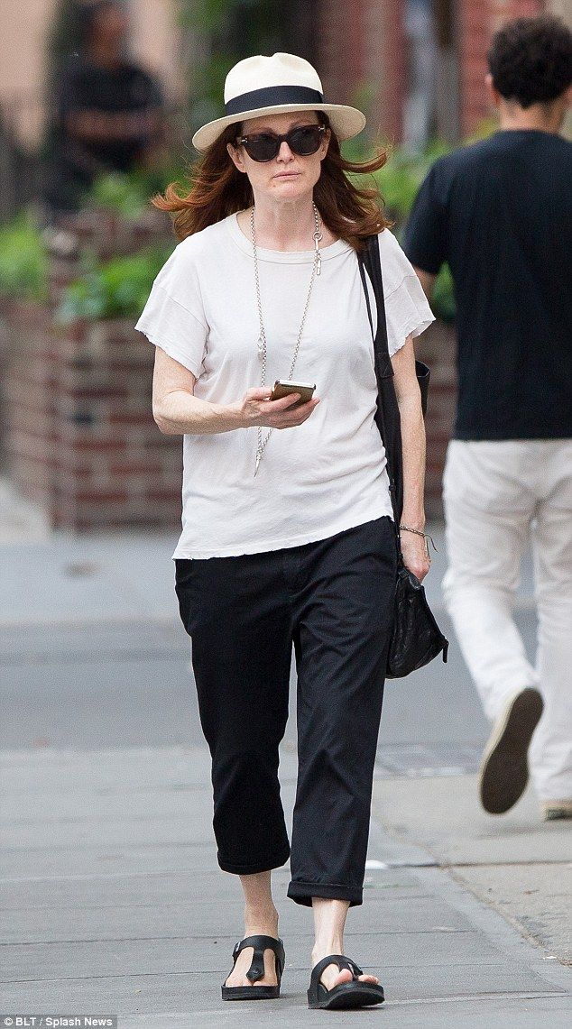 Julianne Moore Opts For Casual Look As She Enjoys Low-key