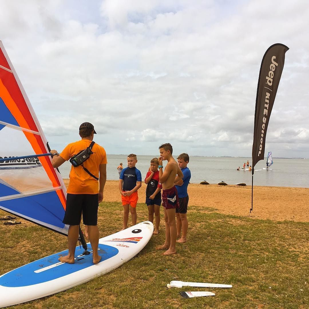Stand up paddle boarding redcliffe