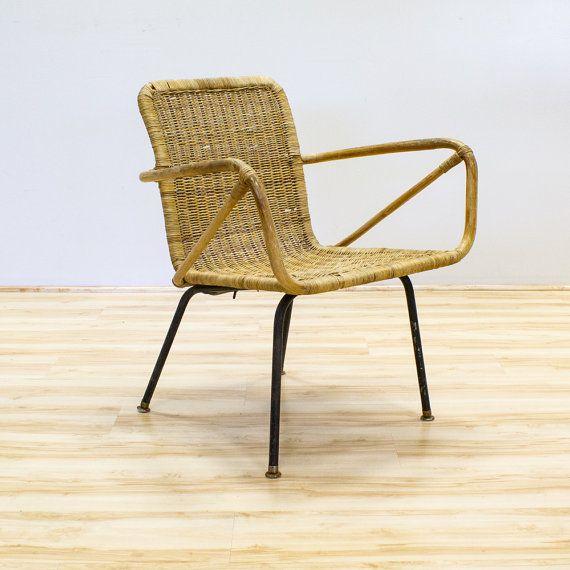 Astonishing Bamboo Wicker Rattan Chair On Metal Base Mid Century Ibusinesslaw Wood Chair Design Ideas Ibusinesslaworg