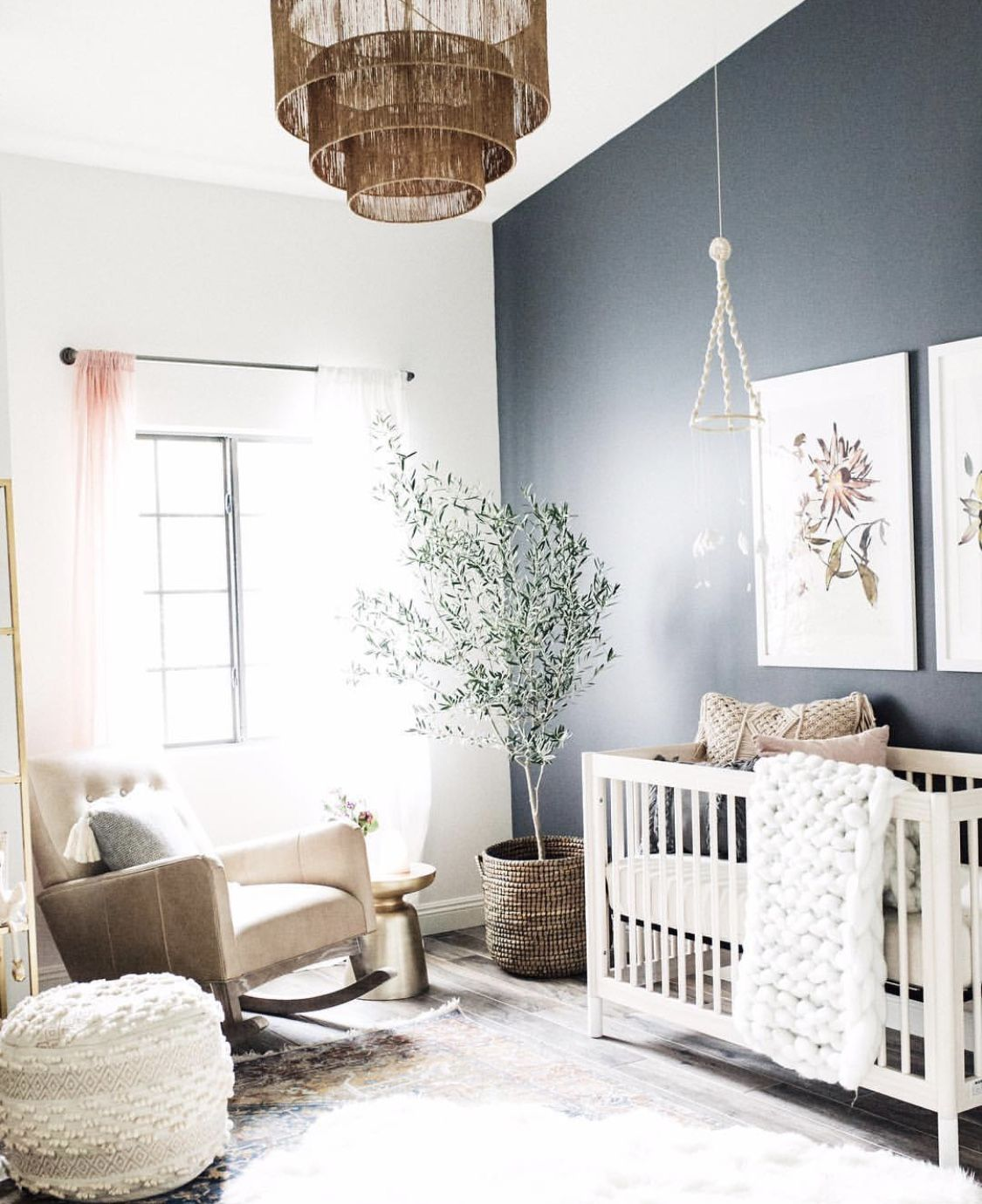 Pin by haley herbst on baby girl pinterest - Sillones habitacion bebe ...