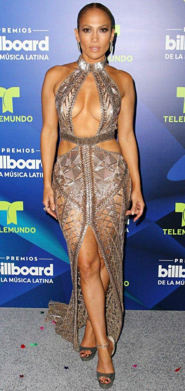 Jennifer Lopez in Tom Ford 2019 Oscars   Nice dresses