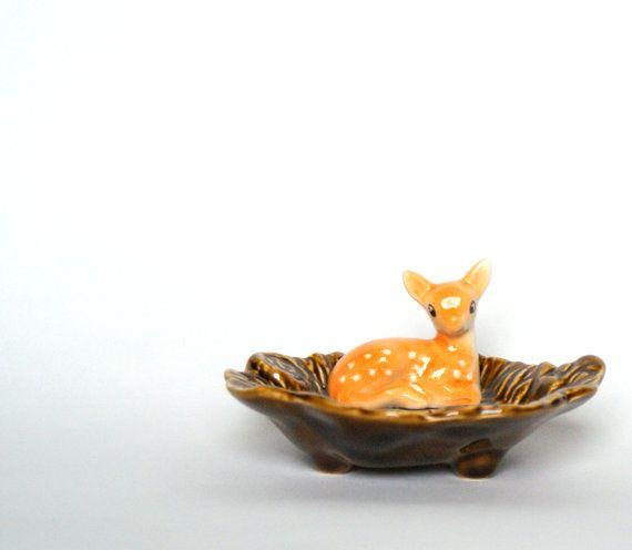 Vintage Sylvac baby deer fawn dish!
