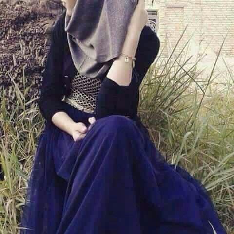 إيـه أفتخـر فينـي وأنا أفتخـر فيكـ دام الفخـر بالنـاس نـادر وجـودهـ خلهـم يغـارون لآصـرت أطـريـكـ أنـت الخـوي الي نحـيا بـ Girly Dresses Girl Hijab Hijabi Girl