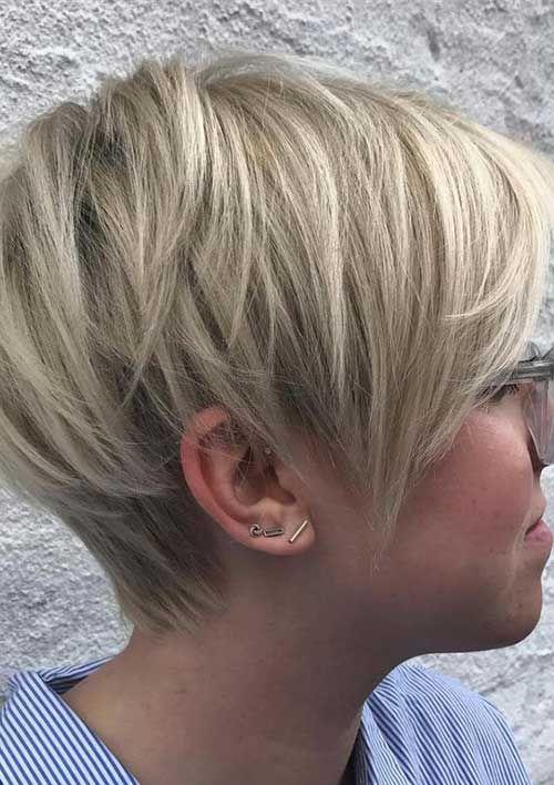 Neueste kurze Frisuren mit feinem Haar #haircuts