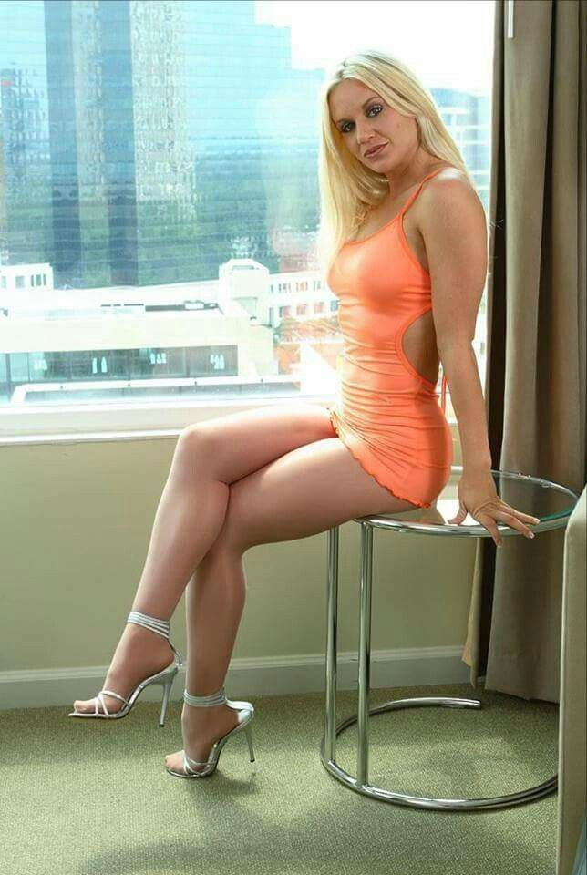 Milfs in short dresses