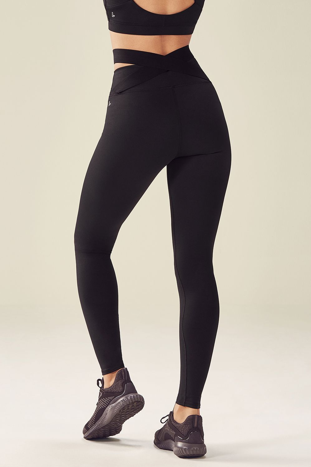 8aac25847d564f High-Waisted Statement PowerHold Legging - Fabletics | style in 2019 ...