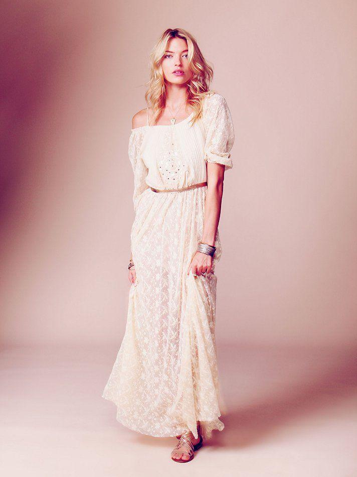 Robe de mari e longue en dentelle petit prix robe de for Prix de robe de mariage nicole
