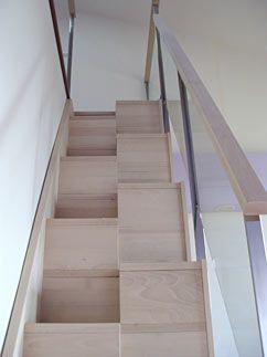 escalera para espacios reducidos modelo er