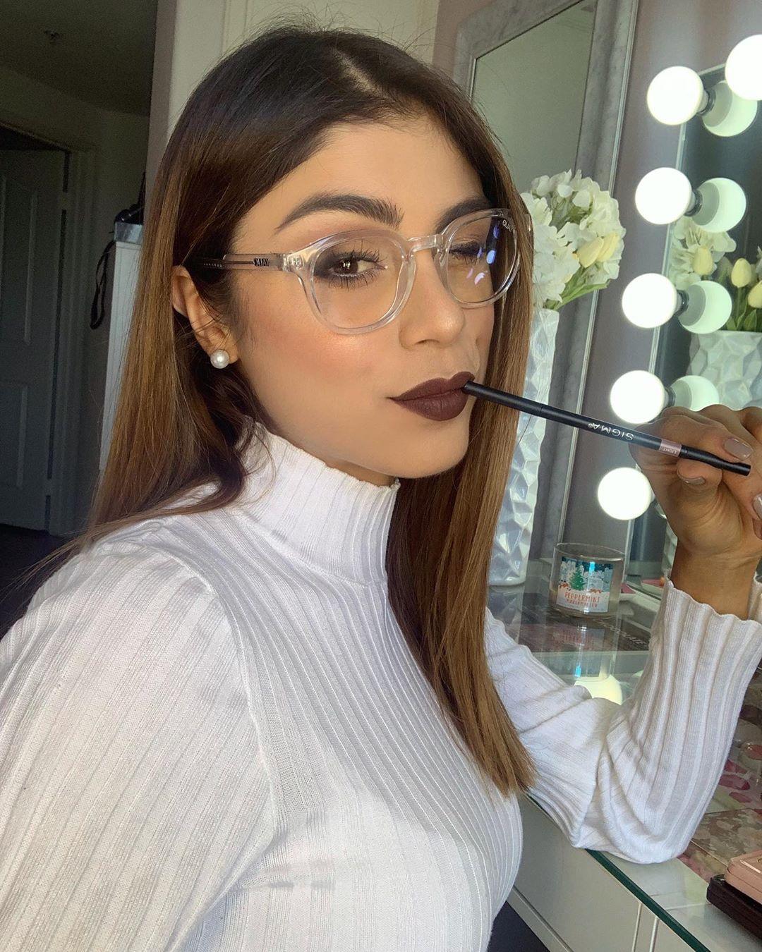 Paula Galindo On Instagram Por Acá Pensando En Ideas Nuevas Ya Me Habían Visto Con Gafas Thinking Of New Pautips Pautips Instagram Gafas De Ver Moda