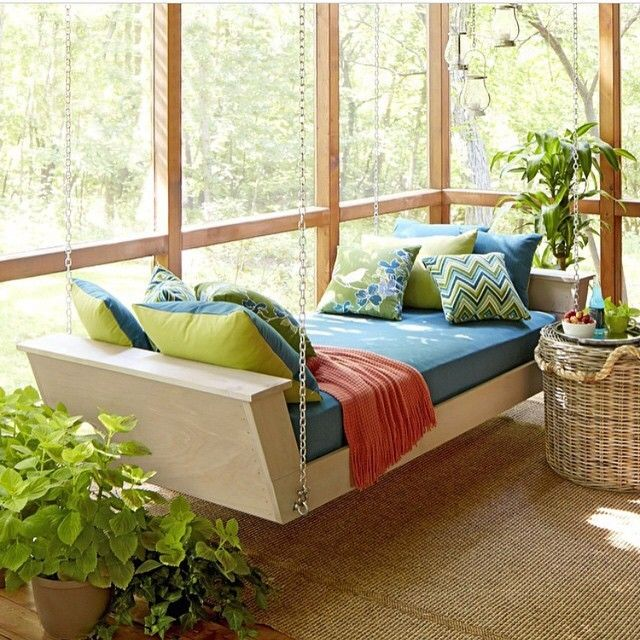 Loving this day bed featured on @loweshomeimprovement
