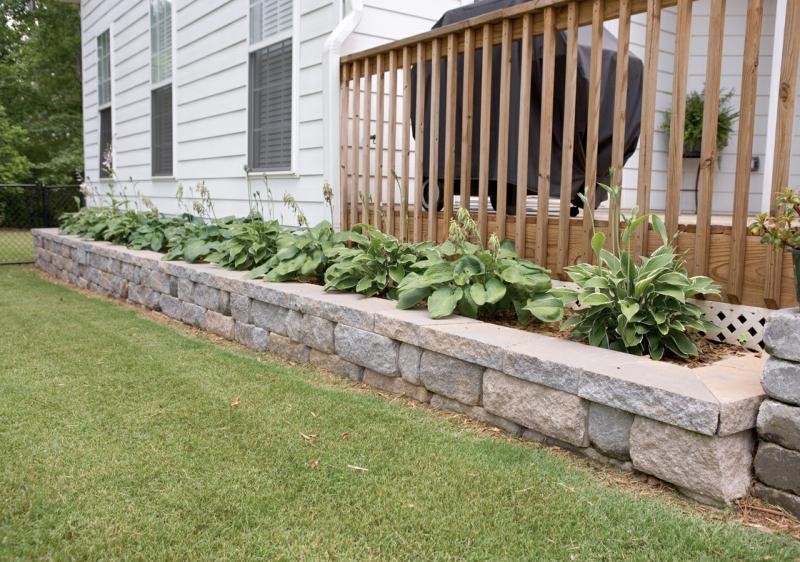 retaining wall planter backyard