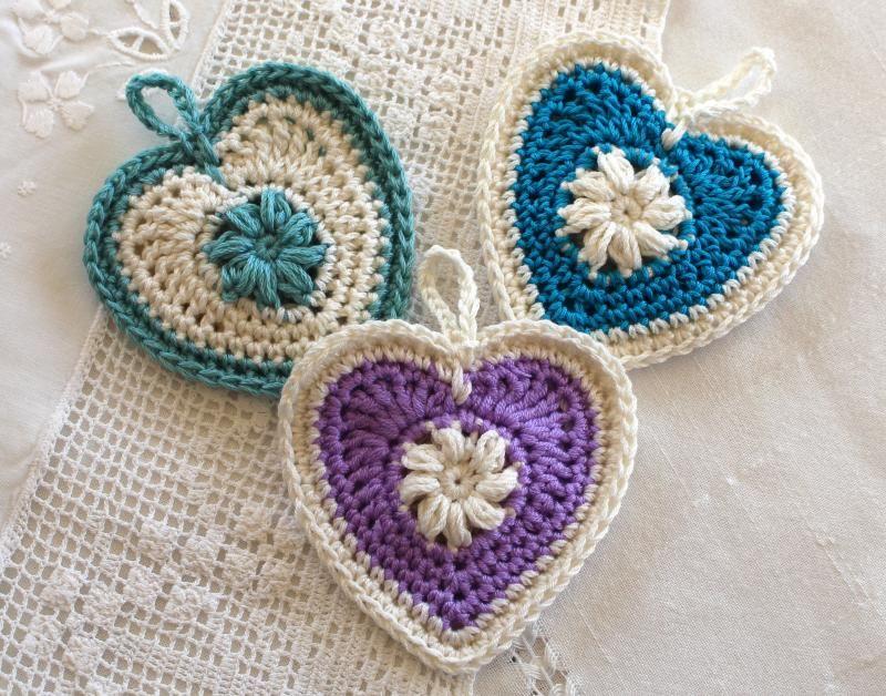 Sachets of Love « The Yarn Box | Patterns | Pinterest | Corazon ...
